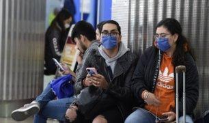 Ciudadanos chinos permanecen aislados por sospecha de coronavirus en hotel de  San Isidro