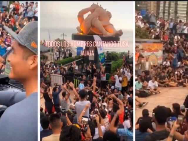 [VIDEO] Miraflores: jóvenes corean 'TUSA' durante evento de rap