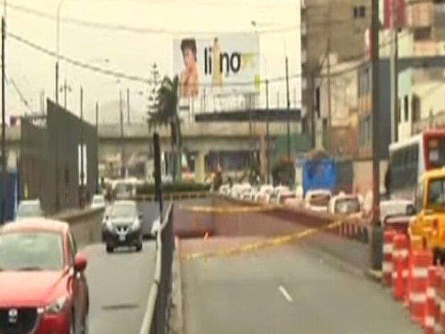 Óvalo Higuereta: túnel continúa cerrado tras choque de camión mezclador