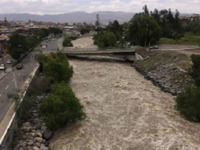 Arequipa: evalúan cerrar puentes ante crecida del río Chili