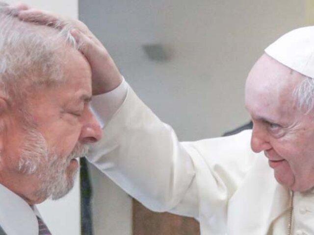 Papa Francisco recibe a Lula en el Vaticano