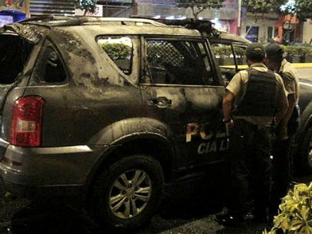 Surquillo: patrullero policial se incendió en la avenida Angamos