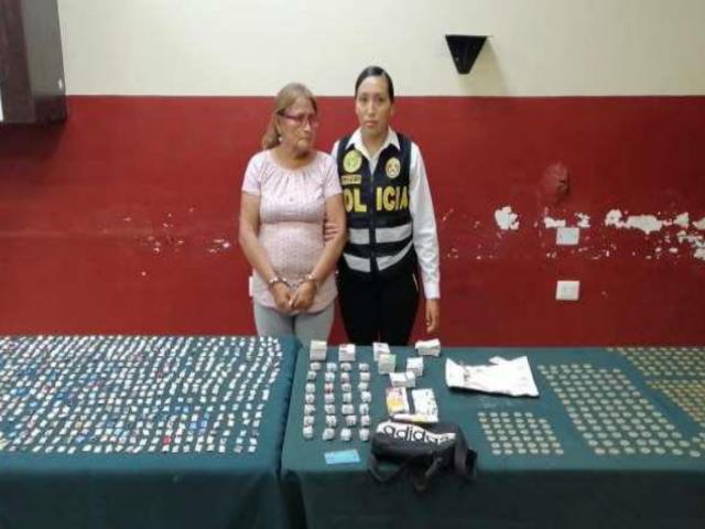 """La Victoria: detienen a mujer de 62 años con casi dos mil """"ketes"""" de PBC"""