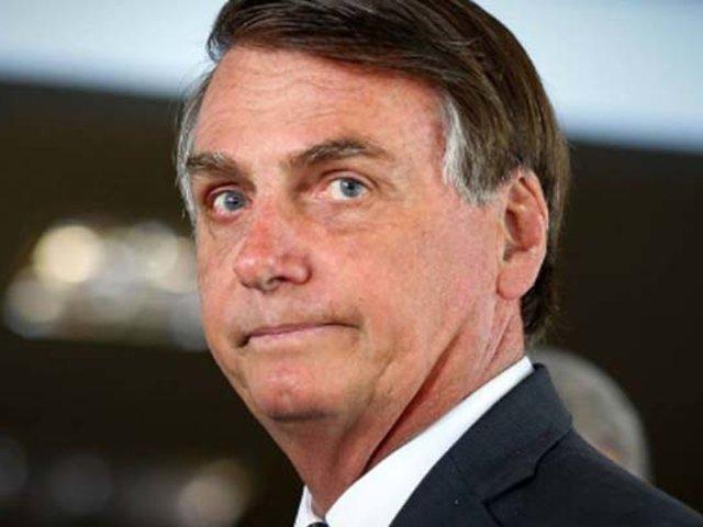 """Brasil: Jair Bolsonaro dice que periodista ofrecía """"sexo"""" por información"""