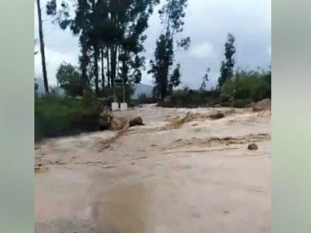 Ayacucho: río Lloqllahuare se desbordó y bloqueó carretera