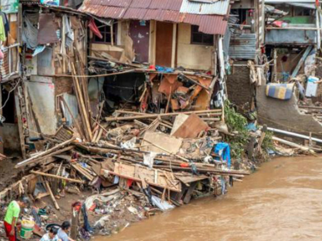 Indonesia: seis muertos y cinco desaparecidos dejan potentes inundaciones