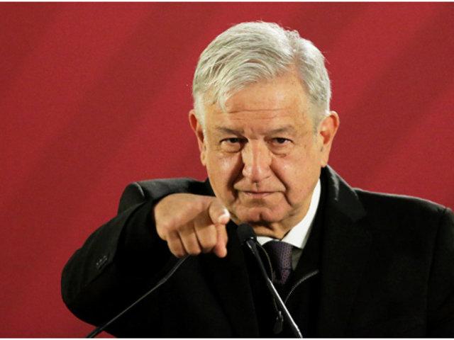 Presidente de México propone premiar a empresarios que admitan pago de sobornos