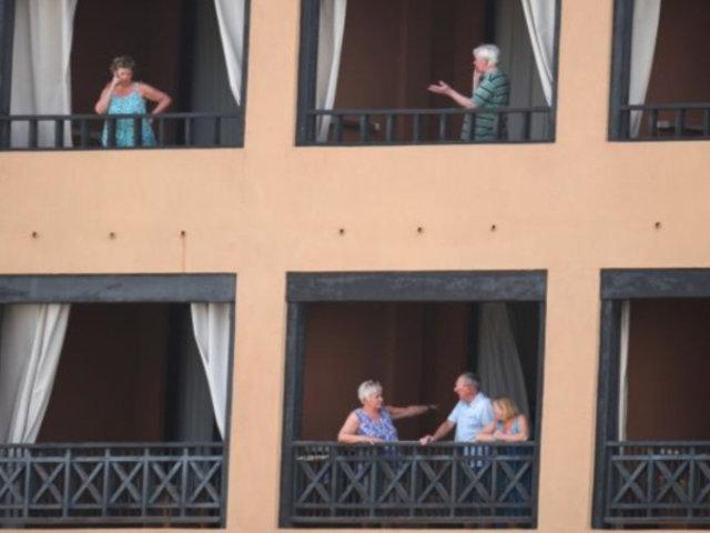 España: cientos de turistas confinados en hotel por Coronavirus