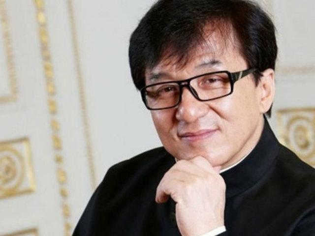 Jackie Chan descarta los rumores sobre su contagio de coronavirus