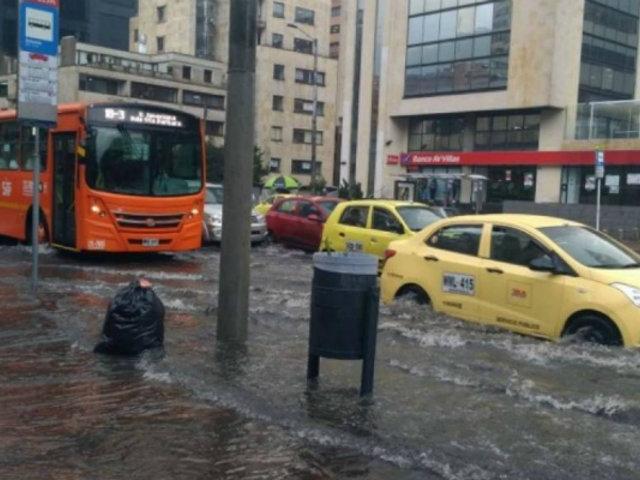 Colombia: fuertes lluvias provocan inundaciones en Bogotá