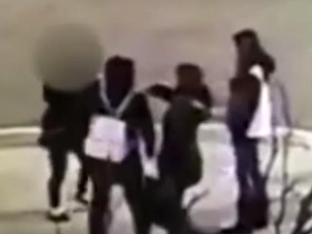 VIDEO: investigan brutal ataque a madre e hija por hablar español en EEUU