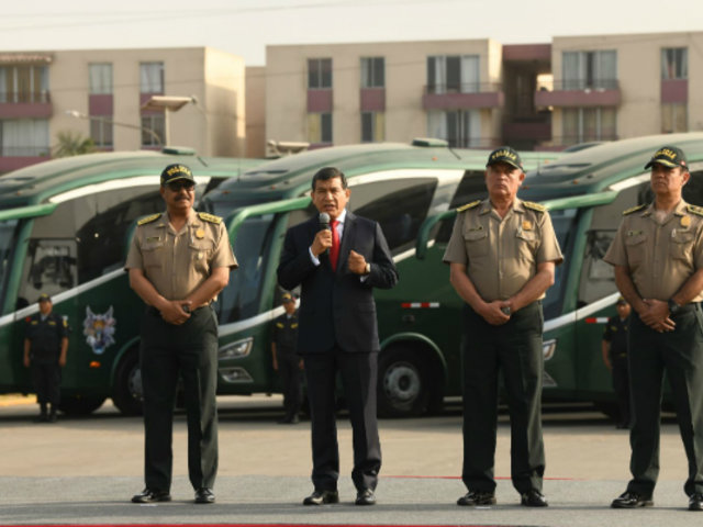 Más de 2,400 nuevos policías resguardarán las calles de Lima y Callao