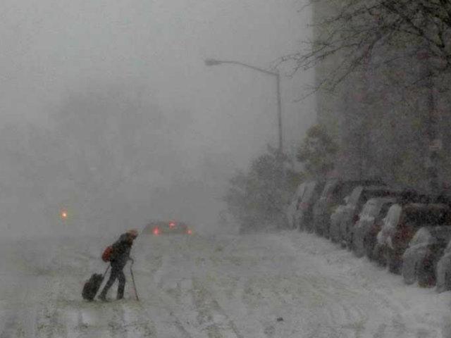 EE.UU:  tormenta invernal redujo drásticamente la visibilidad