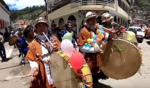 Áncash: miles de turistas disfrutaron del colorido carnaval de Huari