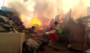 Incendio en SJL: explosión de balones de gas se habría producido por corto circuito