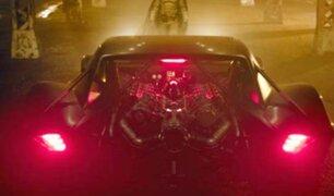 Batman: aparecen las primeras imágenes oficiales del Batimóvil de Robert Pattinson