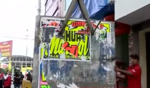 Clausuran con bloques de cemento hostal donde descuartizaron a 2 jóvenes
