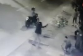 """Santa Anita: """"Raqueteros"""" armados asaltan a grupo de jóvenes"""