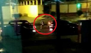 Rímac: delincuentes aprovechan semáforo en rojo para robar a conductores