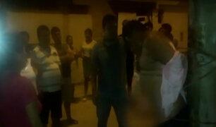 VES: vecinos casi linchan a sujeto que habría robado a mujer