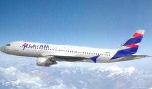 Latam anuncia suspensión de vuelos internacionales hasta mayo