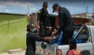 Policías se solidarizan con las personas de bajos recursos