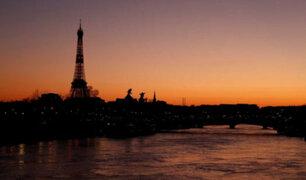 París entra mañana en alerta máxima por la expansión del COVID-19