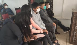 Dictan prisión preventiva contra 5 policías que libaban licor en plena cuarentena
