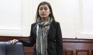 Arlette Contreras renunció a la bancada del Frente Amplio tras discrepancias internas