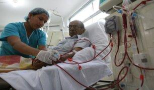 Pacientes de diálisis alertan que ampliación de toque de queda afecta sus tratamientos