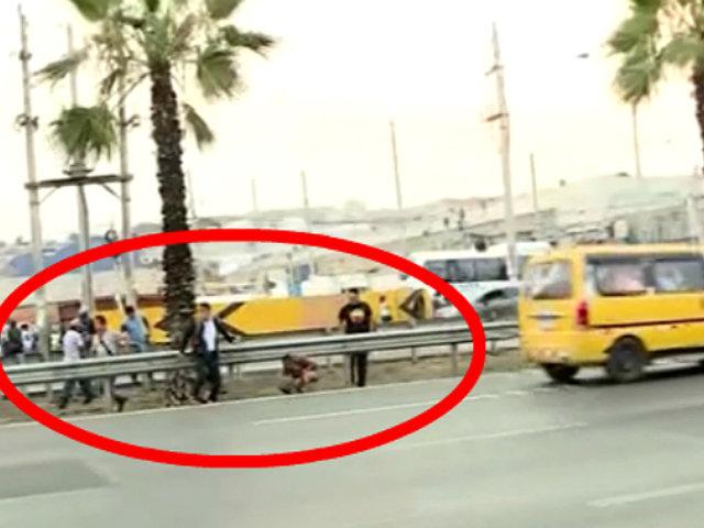VES: peatones deben caminar casi 1 km para cruzar Panamericana Sur por puente