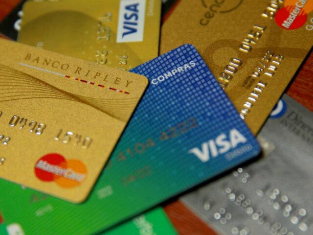 Banca nacional cancela casi un millón de tarjetas de crédito por incremento de morosidad