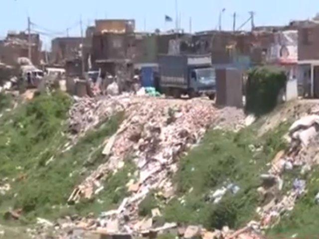 Si te afecta es noticia: Pobladores continúan arrojando basura al rio Rímac