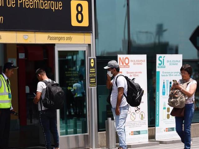 Vuelos regionales regresarán desde julio, informó ministro Lozada