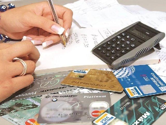 Más de 400 mil personas decidieron cancelar sus tarjetas de crédito