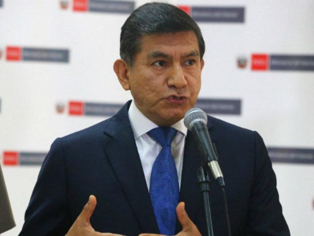 Ministro Morán pide uniformizar horario de atención en mercados para evitar aglomeraciones