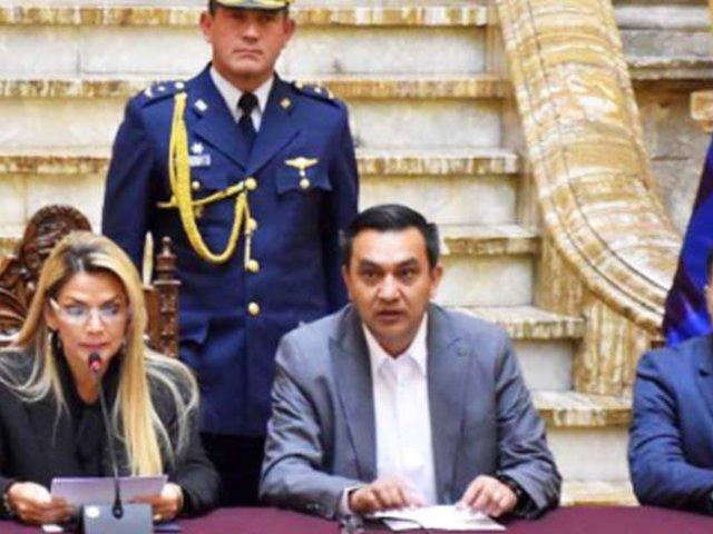 Bolivia aplaza elecciones presidenciales de mayo por coronavirus