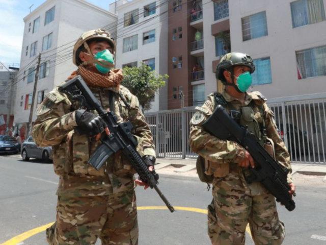 Gobierno otorgará armas no letales a FFAA y PNP para defenderse de agresiones