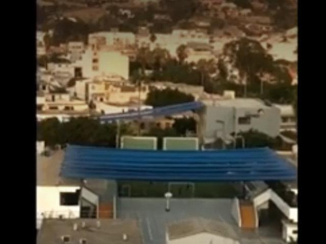 Surco: captan a personas jugando fútbol en colegio incumpliendo cuarentena
