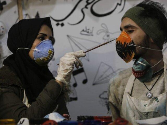 Coronavirus: jóvenes ingenian mascarillas para protegerse