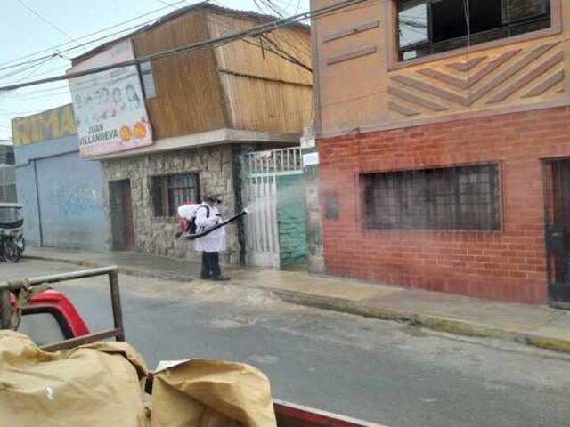 Municipio del Rímac limpió y desinfectó jirón Trujillo para prevenir avance del coronavirus