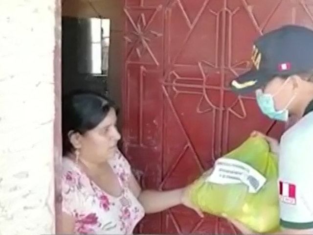 Tumbes: PNP llevó alimentos de primera necesidad a familias pobres