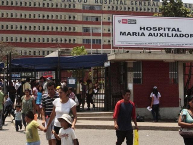 Aíslan a más del mil trabajadores del hospital María Auxiliadora por casos de Covid-19