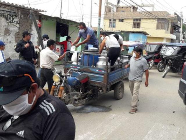 Coronavirus: policía donó 500 litros de leche fresca a población vulnerable en Lambayeque