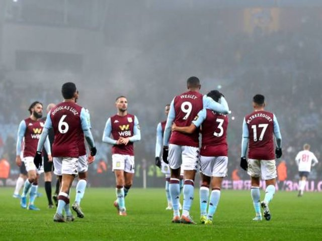 Premier League: conocido futbolista es 'ampayado' violando cuarentena para ir de fiesta