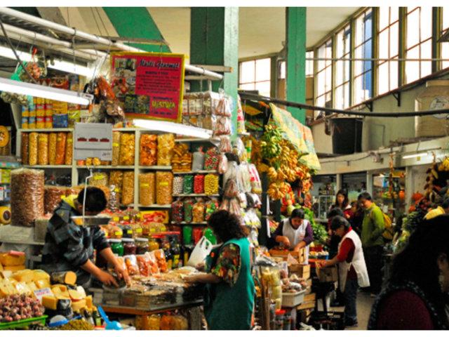 Coronavirus: Mercados modifican horario de atención por cambio del toque de queda