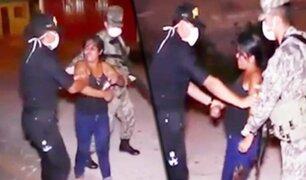 En pleno toque de queda: mujer en estado de ebriedad ataca a policías con una botella