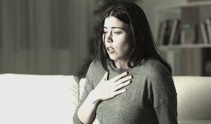 ¿Qué síntomas me deben alertar a acudir a un hospital por sospecha de covid-19?