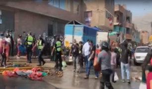Huaycán: violento enfrentamiento entre comerciantes y fiscalizadores