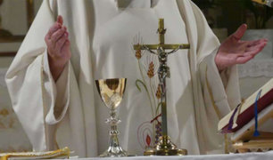 Italia: vuelven las misas pero con mascarillas y sin agua bendita